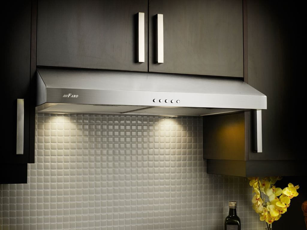 Hotte de cuisine 330cfm acier inoxydable 530 24230s for Sortie hotte cuisine