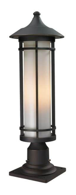 Lampe Piédestal Extérieure – Woodland – Z-Lite – 530PHM-533PM-ORB